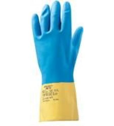 JNE711/XL Защитные промышленные перчатки из неопрена. Обладают высокой устойчивостью к водорастворимым неорганическим кислотам (до 80%), щелочам  (до 40%) солям, спиртам, растворителям. Хлопковое напыление внутри перчатки с антибактериальной обработкойпре